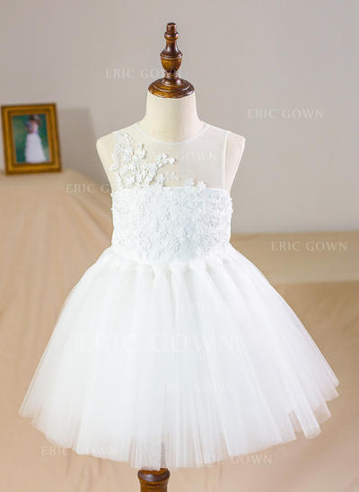A-Line/Princess Scoop Neck Knee-length With Appliques Satin/Tulle/Lace Flower Girl Dresses (010212157)