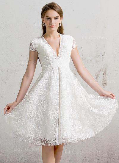 A-Line/Princess V-neck Knee-Length Lace Wedding Dress (002088472)