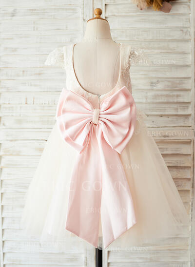 A-Line/Princess Knee-length Flower Girl Dress - Satin/Tulle/Lace Short Sleeves Scoop Neck With Bow(s)/Back Hole (Undetachable sash) (010144179)