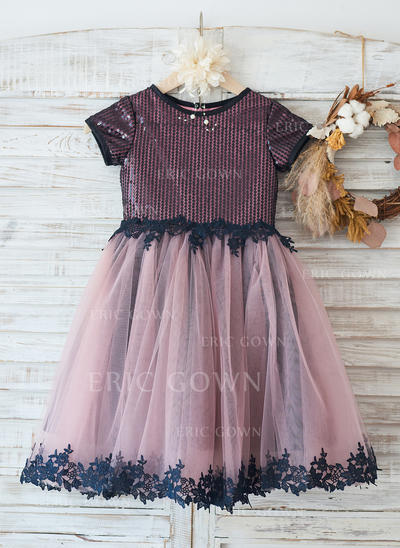 A-Line/Princess Knee-length Flower Girl Dress - Tulle/Lace/Sequined Short Sleeves With Appliques (010144184)