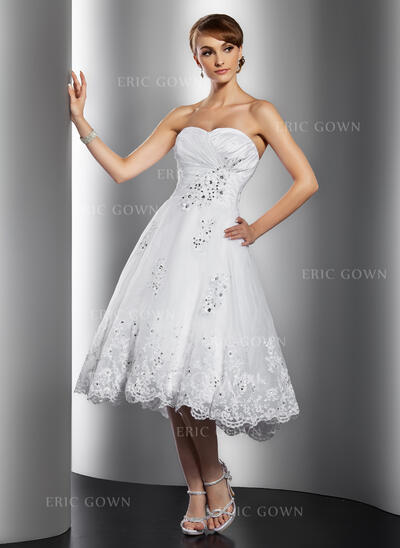 A-Line Sweetheart Knee-Length Organza Wedding Dress With Ruffle Beading Appliques Lace Sequins (002014769)