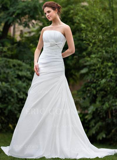 A-Line/Princess Taffeta Sleeveless Strapless Court Train Wedding Dresses (002001306)