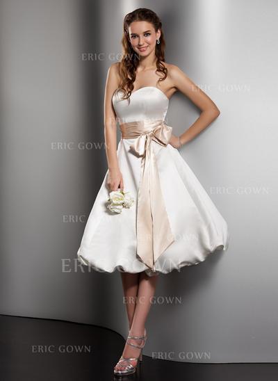 A-Line/Princess Sweetheart Knee-Length Wedding Dresses With Sash Bow(s) (002211150)