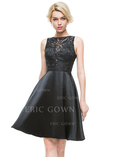A-Line/Princess Scoop Neck Knee-Length Charmeuse Homecoming Dresses (022214073)
