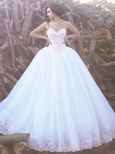 Ball-Gown Sweetheart Sweep Train Wedding Dresses With Lace (002217947)