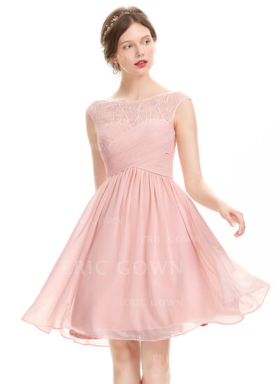 A-Line Scoop Neck Knee-Length Chiffon Cocktail Dress With Ruffle Lace Beading Sequins (016134485)