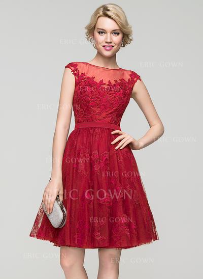 A-Line/Princess Scoop Neck Knee-Length Tulle Lace Cocktail Dress (016091220)
