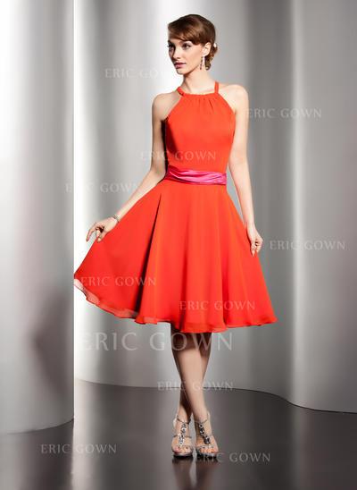 A-Line/Princess Chiffon Bridesmaid Dresses Sash Scoop Neck Sleeveless Knee-Length (007051868)