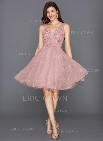 A-Line V-neck Knee-Length Tulle Cocktail Dress With Sequins (016117266)