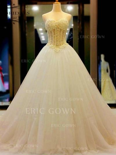 Ball-Gown Sweetheart Court Train Wedding Dresses With Beading (002213536)