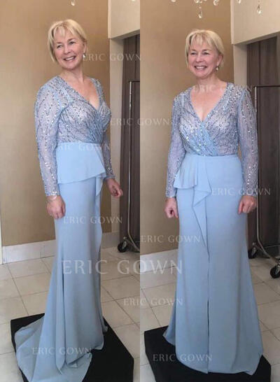 A-Line/Princess Chiffon Long Sleeves V-neck Sweep Train Zipper Up Mother of the Bride Dresses (008212738)