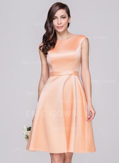 A-Line/Princess Off-the-Shoulder Knee-Length Satin Bridesmaid Dress (007060603)