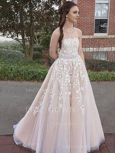 A-Line/Princess Strapless Floor-Length Tulle Prom Dresses With Appliques Lace (018217342)