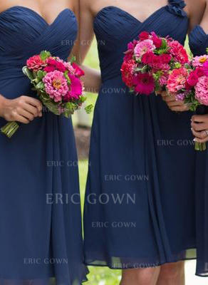 A-Line/Princess Sweetheart One-Shoulder Knee-Length Bridesmaid Dresses With Ruffle Flower(s) (007144996)