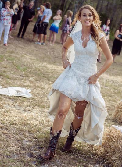 Trumpet/Mermaid Lace Sleeveless V-neck Asymmetrical Court Train Wedding Dresses (002147803)