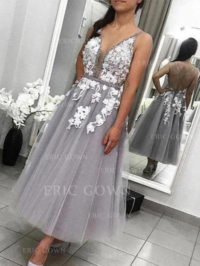 A-Line/Princess V-neck Ankle-Length Homecoming Dresses With Appliques (022219324)