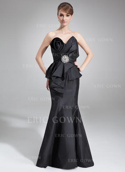 Trumpet/Mermaid Taffeta Sleeveless Scalloped Neck Court Train Zipper Up Mother of the Bride Dresses (008213118)