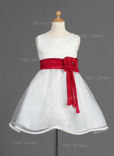 Flattering Scoop Neck A-Line/Princess Flower Girl Dresses Knee-length Organza/Satin Sleeveless (010014595)