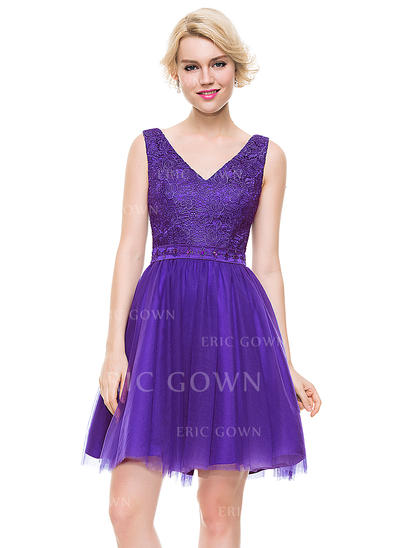 A-Line/Princess V-neck Short/Mini Tulle Homecoming Dresses With Beading (022214087)