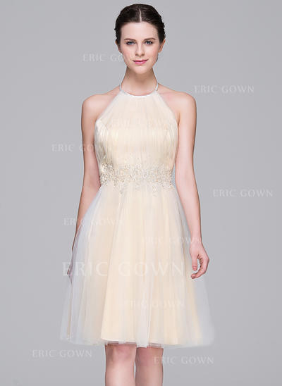 A-Line/Princess Halter Knee-Length Tulle Homecoming Dresses With Ruffle Beading Appliques Lace Sequins (022214066)