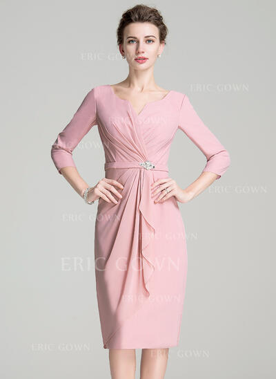 Sheath/Column Scoop Neck Knee-Length Chiffon Mother of the Bride Dress With Ruffle Crystal Brooch (008072695)