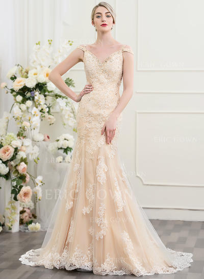 Trumpet/Mermaid Sweetheart Court Train Wedding Dresses With Beading Sequins (002095851)