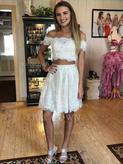 A-Line/Princess Off-the-Shoulder Short/Mini Lace Homecoming Dresses With Ruffle (022212420)
