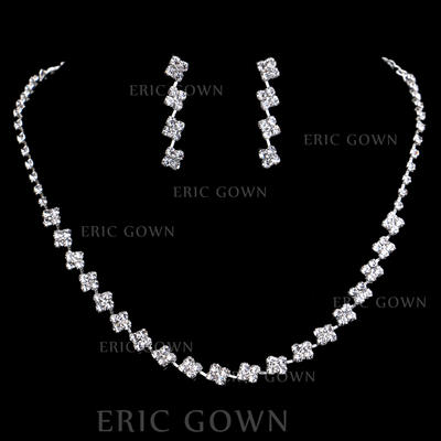 Jewelry Sets Alloy/Rhinestones Lobster Clasp Pierced Ladies' Wedding & Party Jewelry (011167174)