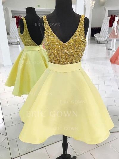 A-Line/Princess V-neck Short/Mini Homecoming Dresses With Sash Beading (022216350)