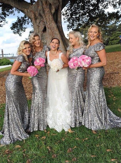 Sheath/Column Sequined Bridesmaid Dresses Scoop Neck Short Sleeves Sweep Train (007145147)