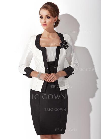 Sheath/Column Square Neckline Knee-Length Taffeta Mother of the Bride Dress With Ruffle (008006143)