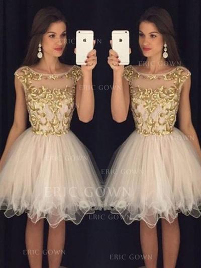 A-Line/Princess Scoop Neck Knee-Length Homecoming Dresses (022212270)