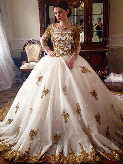 Ball-Gown Scoop Neck Court Train Wedding Dresses With Beading (002210874)