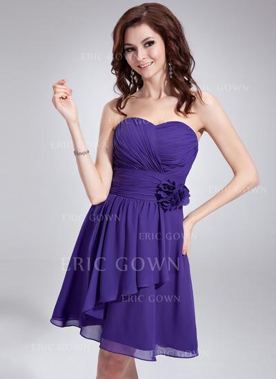 A-Line/Princess Sweetheart Knee-Length Homecoming Dresses With Ruffle Flower(s) (022213999)