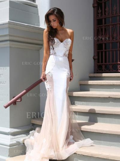 Trumpet/Mermaid Strapless Court Train Evening Dresses With Lace (017216871)