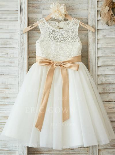 Magnificent Scoop Neck A-Line/Princess Flower Girl Dresses Knee-length Tulle/Lace Sleeveless (010146886)