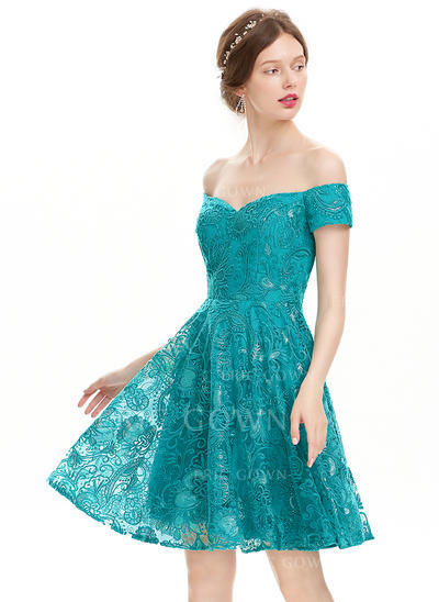 A-Line/Princess Off-the-Shoulder Knee-Length Homecoming Dresses With Sequins (022214140)