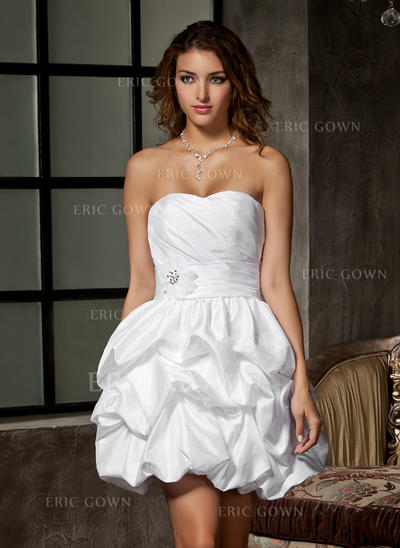 A-Line/Princess Sweetheart Short/Mini Wedding Dresses With Ruffle Beading Flower(s) (002211046)