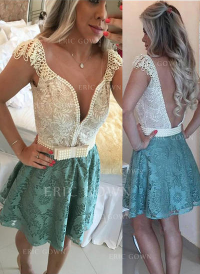 A-Line/Princess V-neck Short/Mini Lace Homecoming Dresses With Beading (022212288)