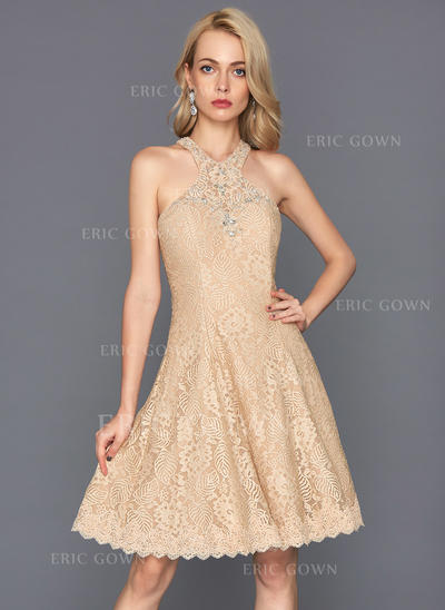 A-Line/Princess Scoop Neck Knee-Length Lace Homecoming Dresses With Beading Sequins (022214145)