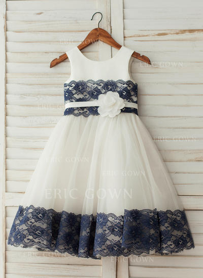 A-Line/Princess Knee-length Flower Girl Dress - Satin/Tulle Sleeveless Scoop Neck With Flower(s) (010122609)