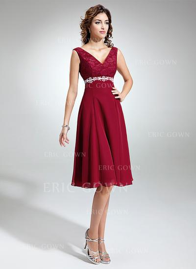 Empire Chiffon Lace Sleeveless V-neck Knee-Length Zipper Up Mother of the Bride Dresses (008211021)