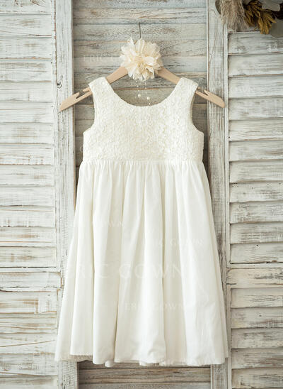 A-Line/Princess Knee-length Flower Girl Dress - Lace/Cotton Sleeveless Scoop Neck (010093383)