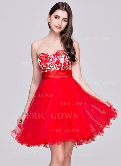 A-Line/Princess Sweetheart Short/Mini Homecoming Dresses With Ruffle (022068113)