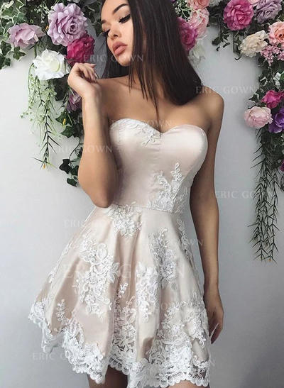A-Line/Princess Sweetheart Short/Mini Homecoming Dresses With Appliques (022219315)