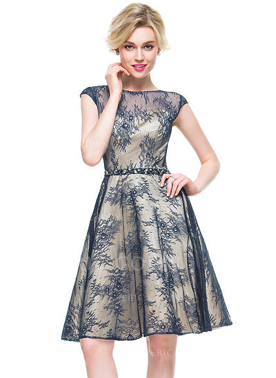 A-Line/Princess Scoop Neck Knee-Length Lace Cocktail Dress With Beading (016081174)