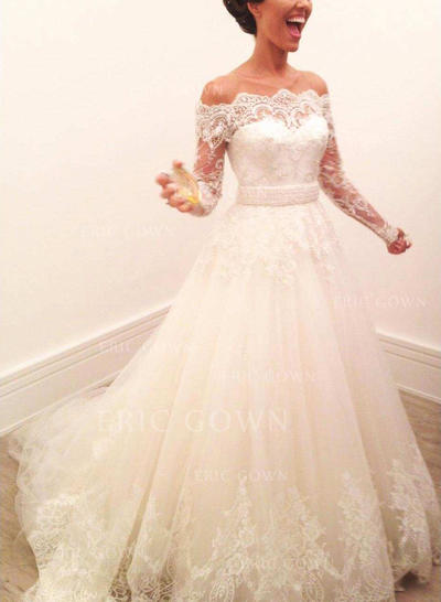 A-Line/Princess Off-The-Shoulder Sweep Train Wedding Dresses With Lace (002218052)