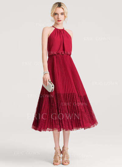 A-Line/Princess Scoop Neck Tea-Length Chiffon Lace Cocktail Dress With Pleated (016150189)