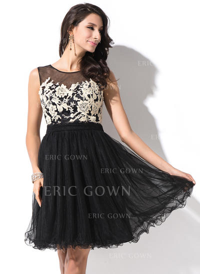 A-Line/Princess Scoop Neck Short/Mini Tulle Homecoming Dresses With Appliques Lace Bow(s) (022214009)