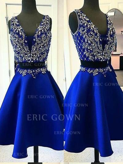 A-Line/Princess V-neck Short/Mini Homecoming Dresses With Beading (022219310)